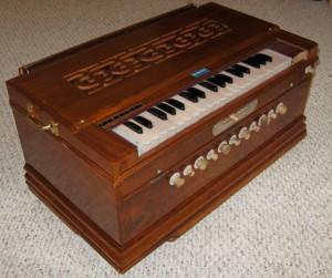 Types of Harmoniums :: Tucson Harmonium
